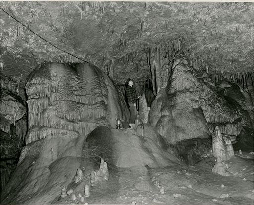 Cave ISL_RBM_P0_Caves_004a